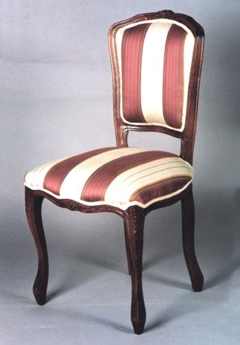 Fabbrica sedie produzione di sedie poltrone pouff for Sedie stile moderno